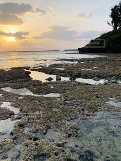 宮古隠れビーチのサンセットの写真・画像素材[4776506]