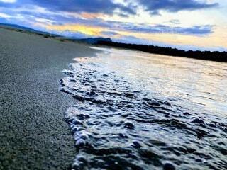 夕暮れの海の写真・画像素材[4770687]