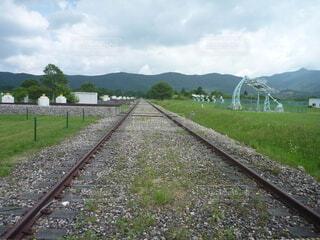 廃線の線路の写真・画像素材[4774653]