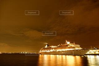 横浜で撮影した客船の写真・画像素材[4777351]