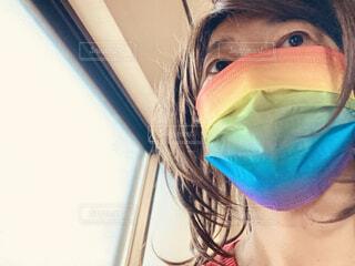 オシャレなレインボーマスクの写真・画像素材[4791191]