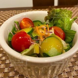 野菜サラダの写真・画像素材[4787536]