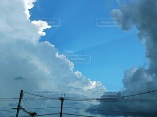 雨上がりの空の写真・画像素材[4796311]