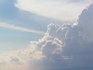 立体的な雲の写真・画像素材[4800837]