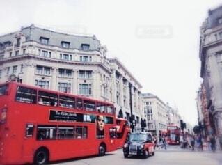 街路の二階建てバスの写真・画像素材[4804120]