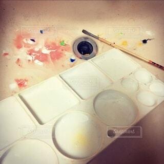 テーブルの上のボウルのクローズアップの写真・画像素材[4804160]