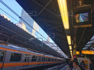 No.321285 駅