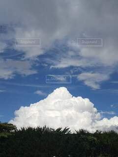 綺麗な雲と空の写真・画像素材[4802612]