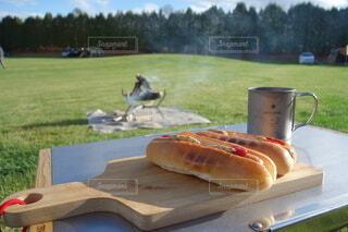 キャンプの朝食の写真・画像素材[4842068]