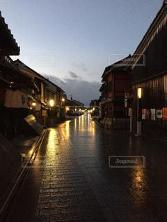 祇園の早朝の写真・画像素材[1007638]