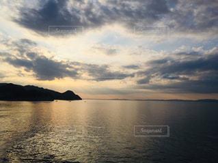 瀬戸内海の夕暮れの写真・画像素材[2819561]