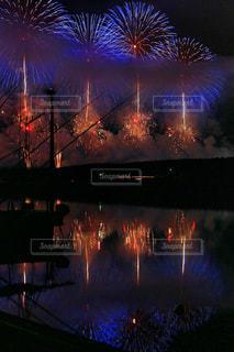 夜花火の写真・画像素材[711268]