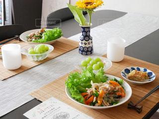 食卓の写真・画像素材[637506]