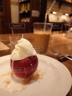 焼きリンゴの写真・画像素材[872740]
