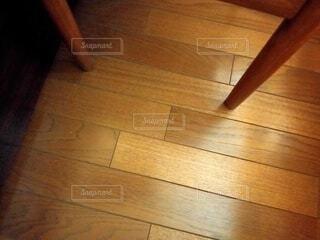 硬い木の床のクローズアップの写真・画像素材[4846275]