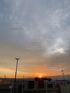 沈む夕日の写真・画像素材[4844168]