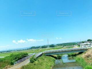 川と青空の写真・画像素材[4844174]