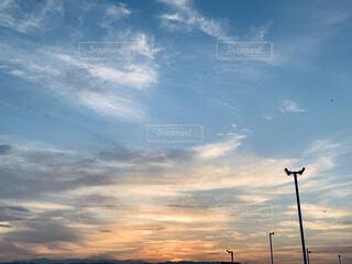 夕焼け雲の写真・画像素材[4924407]