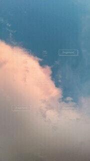 空の雲の写真・画像素材[4845730]