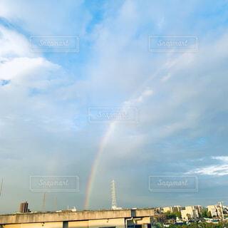 空の虹の写真・画像素材[4871119]