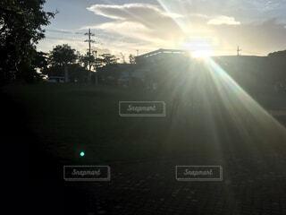 夕焼けの写真・画像素材[4909716]