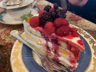 ベリーのケーキの写真・画像素材[4876778]