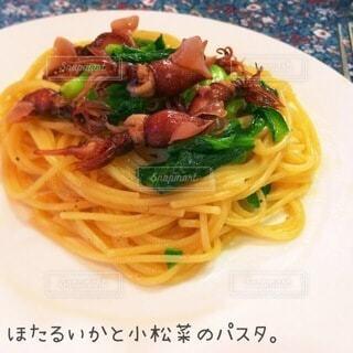 ほたるいかと小松菜のパスタの写真・画像素材[4868462]