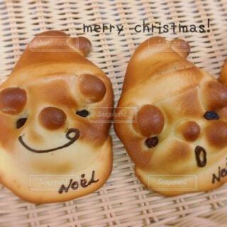サンタさんなパンの写真・画像素材[4868463]