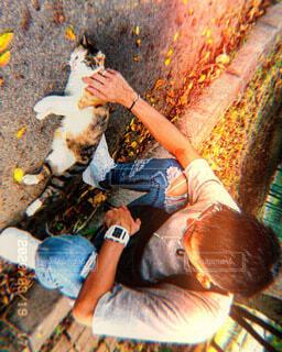俺と猫の写真・画像素材[4865290]