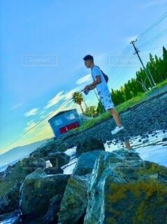 湖で釣りの写真・画像素材[4939285]