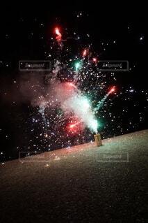 花火夏の海岸の写真・画像素材[4868866]