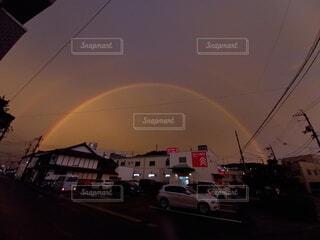 輝く二重の虹の写真・画像素材[4872191]
