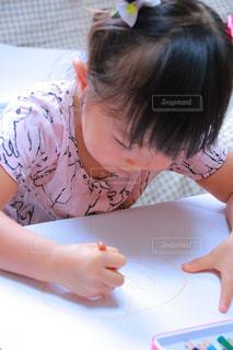 子どもの写真・画像素材[220772]