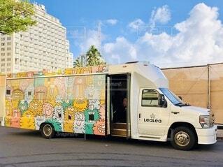 ハワイのバスの写真・画像素材[4870178]