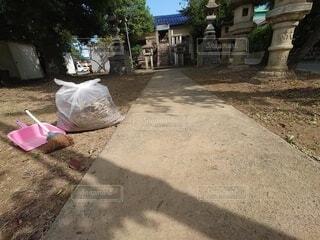 清掃後の参道の写真・画像素材[4880890]