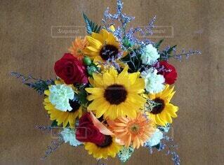 記念に頂いた花束の写真・画像素材[4867495]