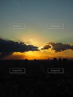 夜が来る前の輝きの写真・画像素材[4945319]