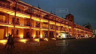 赤レンガ倉庫の夜景の写真・画像素材[4867723]