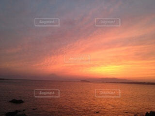 富士山と夕陽の写真・画像素材[4869575]