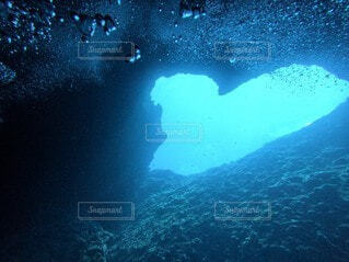 海のハートの写真・画像素材[4889243]