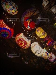 カラフルな風船のグループの写真・画像素材[4879163]