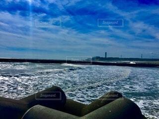 サーフィンに合う波の写真・画像素材[4873545]