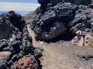富士山頂登山道の写真・画像素材[4875736]