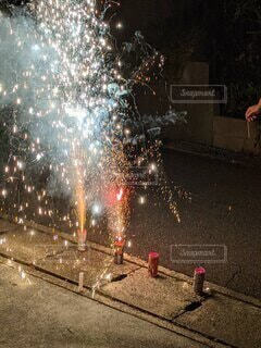 噴射花火の写真・画像素材[4873335]