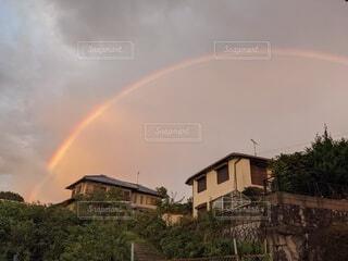 秋空の虹の写真・画像素材[4874163]