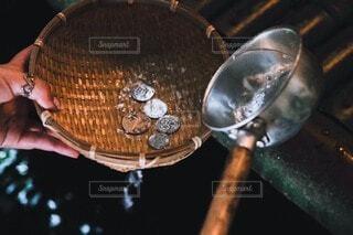 銭洗いの写真・画像素材[4873629]