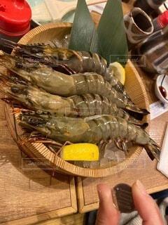 食卓上の食べ物の写真・画像素材[4898685]
