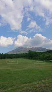 夏の岩手山の写真・画像素材[4878258]