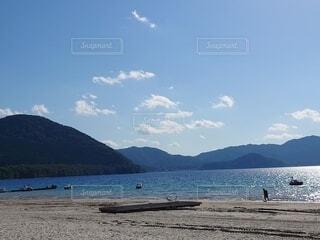 これ湖なんだよなぁの写真・画像素材[4888511]
