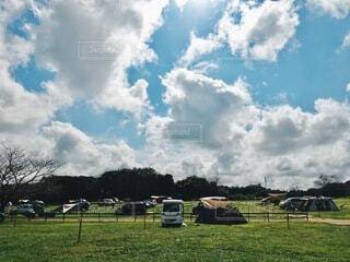 青空キャンプの写真・画像素材[4876059]